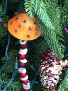 christmas tree dec for birds philbrook 2015 orange with cereal cranberry string